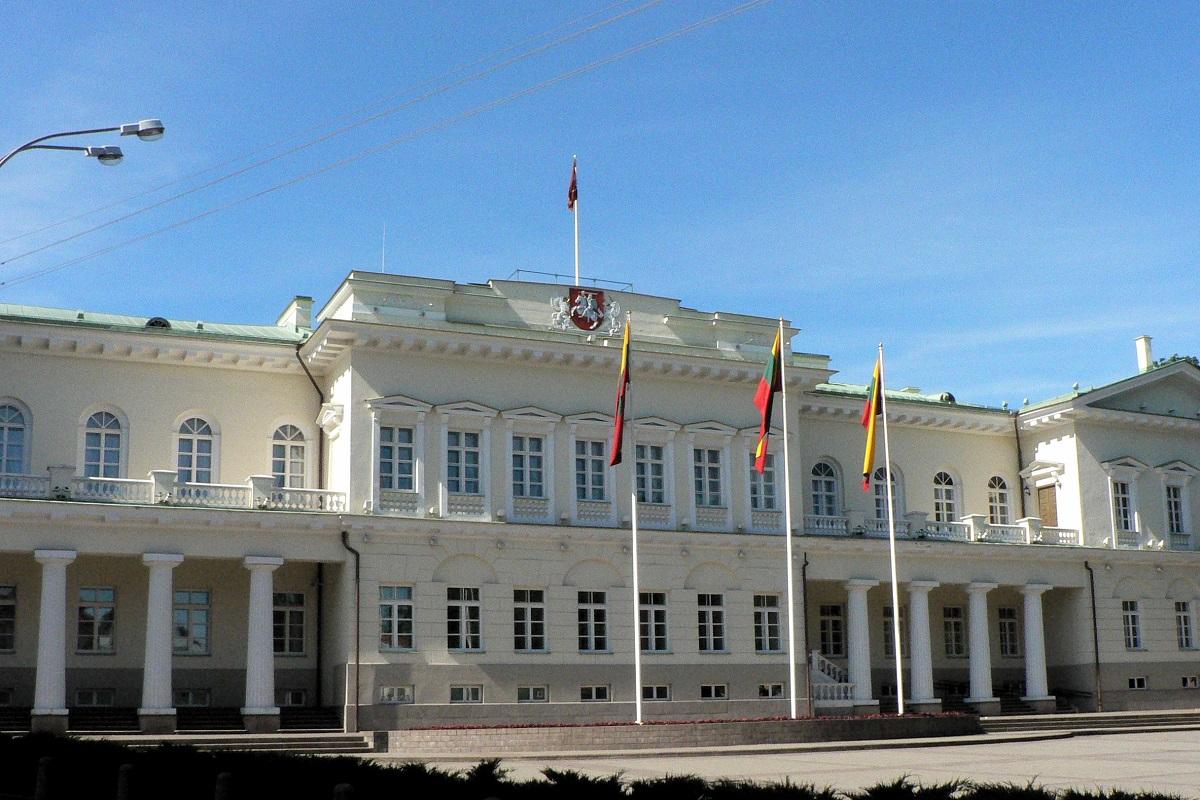 lituaniapalaciopresidencial ART 180: VIAJANDO: EL TIEMPO EN TU DESTINO LITUANIA