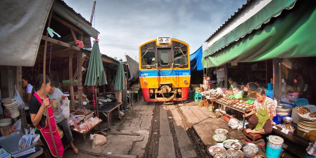 bangkokmaeklongrailwaymarket ART 199: VIAJANDO: EL TIEMPO EN TU DESTINO BANGKOK 2/2