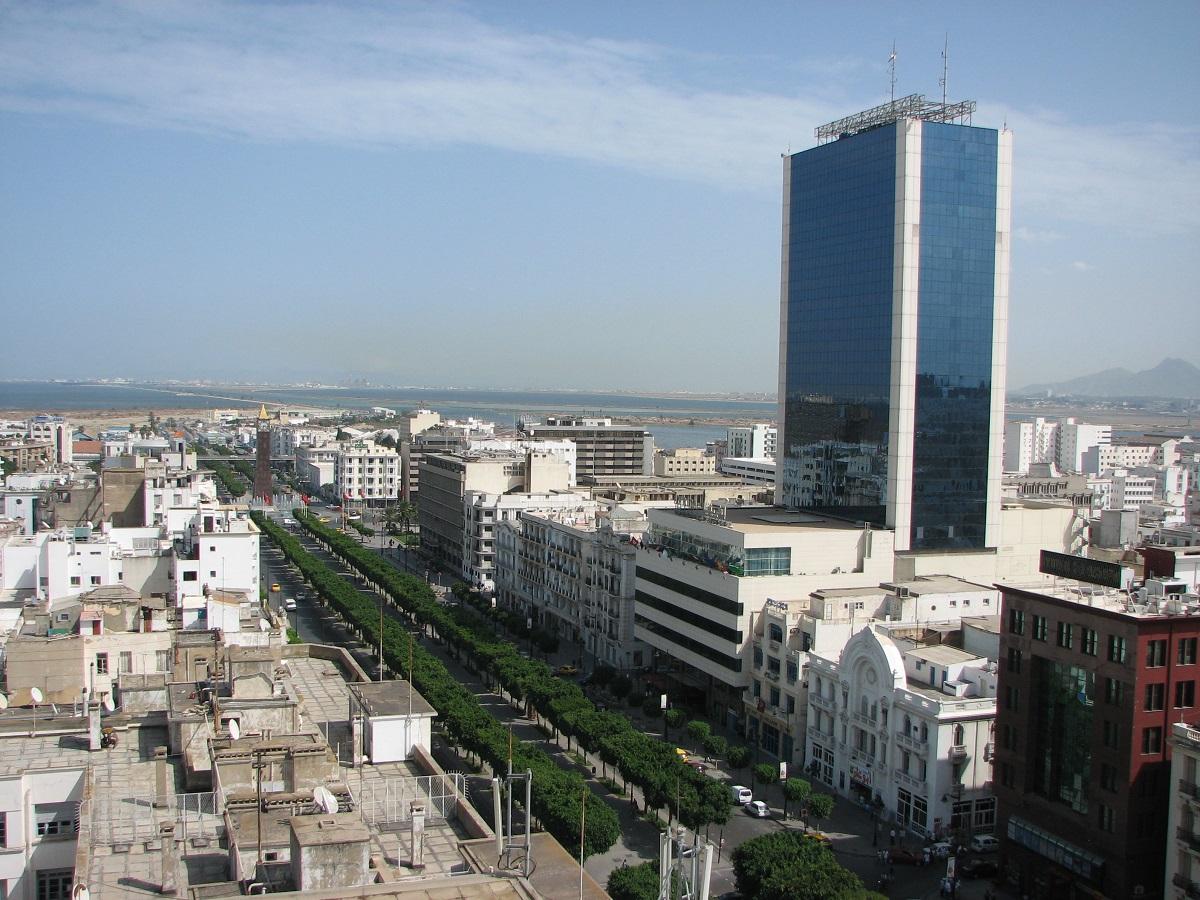 tunezavenidahabibbourguiba ART 200: VIAJANDO: EL TIEMPO EN TU DESTINO TÚNEZ