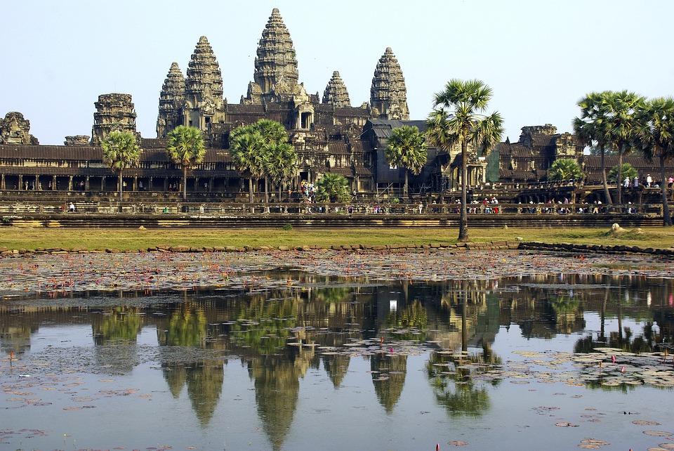 camboyaangkorwat ART 213: VIAJANDO: EL TIEMPO EN TU DESTINO CAMBOYA
