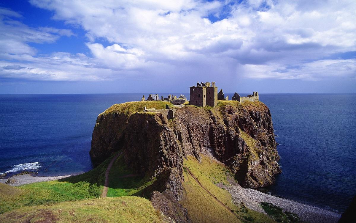 escocia castillo dunnottar ART 229: VIAJANDO: EL TIEMPO EN TU DESTINO CASTILLOS DE ESCOCIA
