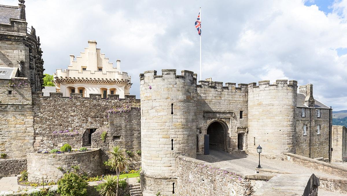 escocia castillo stirling ART 229: VIAJANDO: EL TIEMPO EN TU DESTINO CASTILLOS DE ESCOCIA